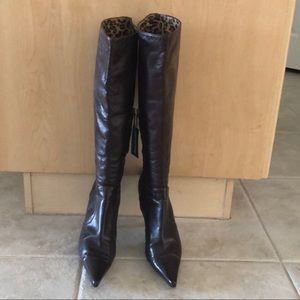 Authentic Dolce & Gabbana leather boots size 8.5